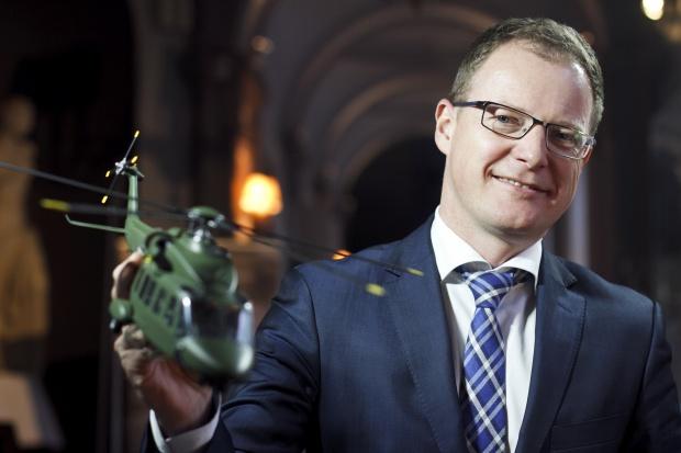 Krzysztof   Krystowski - wiceprezes , Finmeccanica - sylwetka osoby