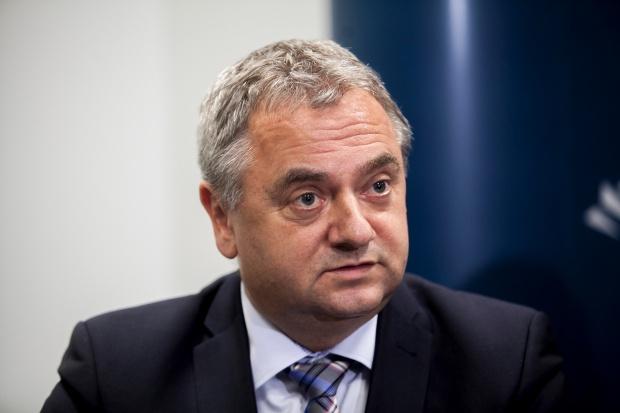 Adam  Janik - prezes, Bumar Łabędy, Rosomak, OBRUM - sylwetka osoby