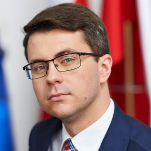 Piotr Mϋller