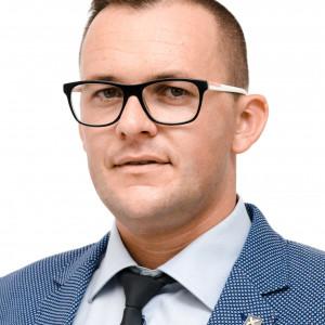 Piotr Hoffmann - kandydat na radnego w: Śrem