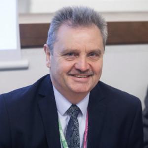 Dariusz  Wrona