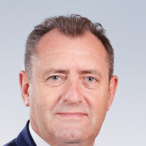 Paweł Banasik - burmistrz w: Lipno