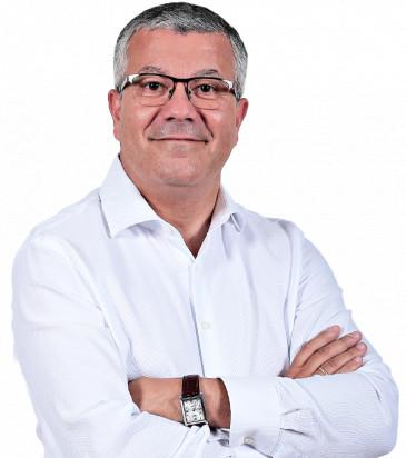 Tareck Ouaibi - dyrektor operacji, wiceprezes zarządu, Carrefour Polska - sylwetka osoby z branży FMCG/handel/przemysł spożywczy