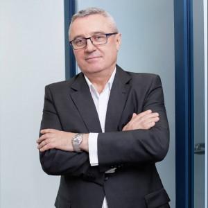 Janusz Wrobel