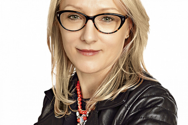 Jadwiga Zientara - dyrektor finansowy, wiceprezes zarządu, Carrefour - sylwetka osoby z branży FMCG/handel/przemysł spożywczy