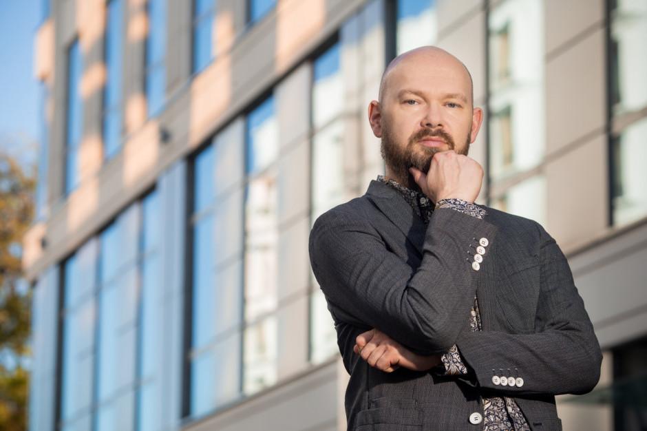 Bartosz  Godziński  - architekt, partner, More Design & Architecture (MRDA) - sylwetka osoby z branży architektonicznej