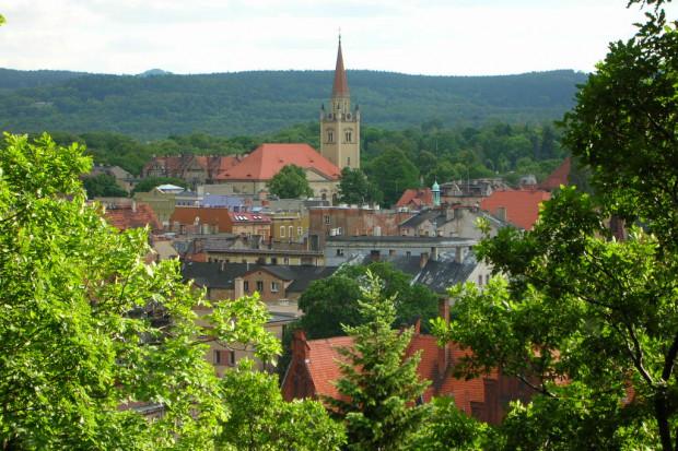 Wałbrzych, widok z Parku Miejskiego, Macdriver /Wikimedia commons /(CC BY-SA 2.5)