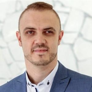 Damian Piątek
