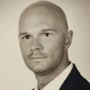 Adrian Szymański - KGHM Metraco - prezes zarządu